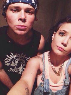 Halsey with Ash!!! OMG