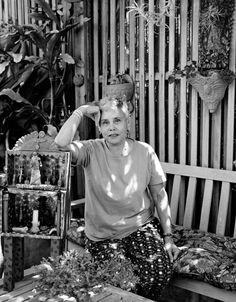 Photographer Captures 100 Female Artists In Their Homes And Studios, Betye Saar, b.1926.
