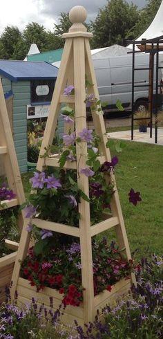 Accoya Obelisk with integral planter on display at RHS Hampton Court Palace Flower Show 2016 Planter Box Plans, Garden Planter Boxes, Wooden Garden Planters, Tiered Garden, Diy Planters, Diy Trellis, Garden Trellis, Garden Plants, Backyard Projects