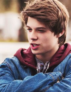 Under the dome ♥ Colin Ford Colin Ford, Young Sam Winchester, Sammy Supernatural, Pretty People, Beautiful People, Bad Boy, Storyboard, Cute Guys, Celebrity Crush