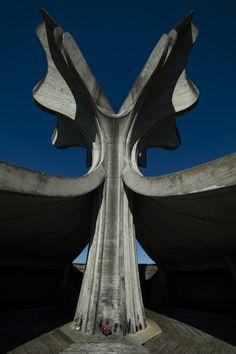 Spomenik Stone flower by Bogdan Bogdanović 1966 / Jasenovac, #Croatia #spomenik