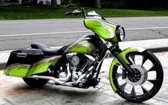 Custom Harley Davidson Street Glide | Harley Davidson Wallpaper ...