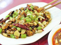 This recipe makes a delicious blend of healthy rich foods using tofu, broccoli and peanuts.