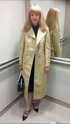 Red Trench Coat, Double Breasted Trench Coat, Rain Fashion, Burberry Trench, Coats For Women, Ladies Coats, Classic Chic, Rain Wear, Raincoat