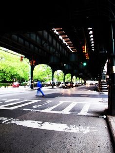 Subway bridge, Williamsburg, Brooklyn, NY    Image © Helen Jones-Florio