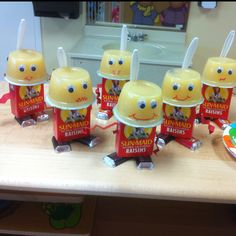 Twist on the Juice Box Robot... Raisin Box Robots =p