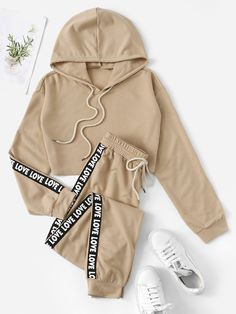 To find out about the Lettering Tape Detail Crop Hoodie & Sweatpants Set at SHEIN, part of our latest Sports Sets ready to shop online today! Cute Lazy Outfits, Cute Casual Outfits, Sporty Outfits, Girly Outfits, Stylish Outfits, Girls Fashion Clothes, Teen Fashion Outfits, Outfits For Teens, Mode Adidas