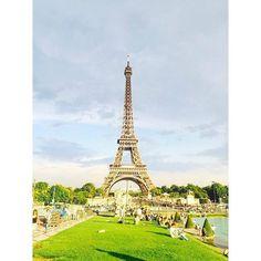 : 흔한 에펠탑광경 한번.. #파리#에펠탑#성공적 by ryussyy Eiffel_Tower #France