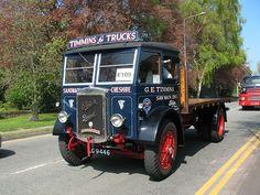 vintage trucks | SJ7561 : Sandbach transport parade (7) - old trucks