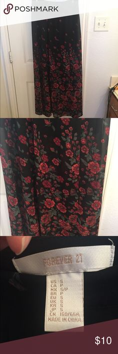 F21 maxi skirt Small floral F21 maxi skirt. NWOT Forever 21 Skirts Maxi
