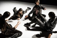 Cosmic Body | Black Box Teater