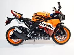 HONDA REPSOL is one of the most famous MotoGP team, and its color scheme is also the most noticeable one. Few people have oppotunities to ride there racing bike RC212V, but no...
