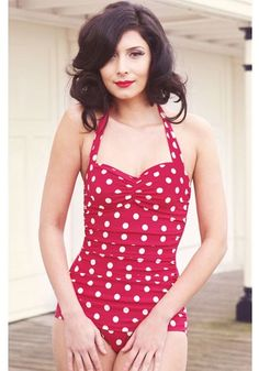 I like polka dots. (Retro swimwear - red with white polka dots, one of the best swimsuits ever, best quality too! Campbell-Briggs You need to check this out! I really want a swim suite this style :)) Look Fashion, Retro Fashion, Fashion Beauty, Vintage Fashion, Womens Fashion, Flattering Swimsuits, Best Swimsuits, Pin Up, Retro Swimwear