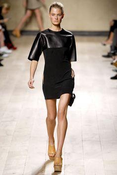 Céline Spring 2010 Ready-to-Wear Fashion Show - Constance Jablonski (Viva)