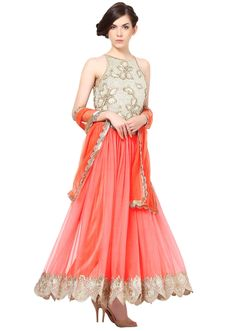 Peach gown featuring in resham embroidery Indian Wedding Hairstyles, Indian Wedding Outfits, Indian Outfits, Indian Fashion Designers, Indian Designer Outfits, Latest Anarkali Designs, Party Wear Dresses, Wedding Dresses, Peach Gown