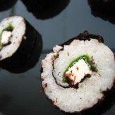 [JAPONAISE]  La cuisine japonaise, cuisine traditionnelle du Japon est constituée principalement de riz, de poisson, de soja et d'algues.   Ces petits tapis (tapis à sushis) en fines tiges de bambou (makisu) sont assez répandus maintenant en Occident dans les boutiques spécialisées. Ils sont indispensables pour effectuer les nori maki (sushis roulés dans une feuille d'algue nori).