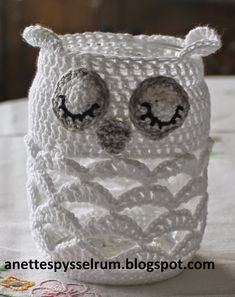 These … - Easy Yarn Crafts Owl Crochet Patterns, Crochet Owls, Thread Crochet, Crochet Animals, Knitting Patterns, Crochet Kitchen, Crochet Home, Crochet Gifts, Diy Crochet