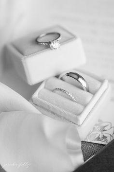 Black Iris Estate Wedding Indianapolis Indiana - Sites new Leaf Engagement Ring, Dream Engagement Rings, Engagement Ring Settings, Bridal Jewelry Sets, Bridal Rings, Wedding Rings, Black Iris, Ring Verlobung, Indianapolis Indiana