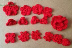 des fleurs tricotées