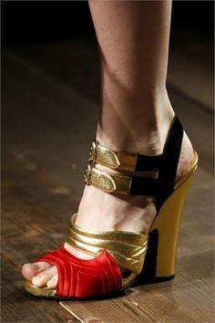 Sandali laminati Prada