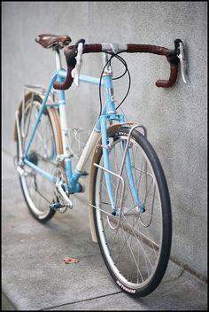 Ezra's tourer - this is a beautiful bike