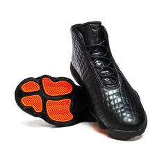 Introducing the Jordan Horizon Premium - great weekend shoe to dress up or down #AteazeEveryWhereYouAre  #sneakerhead #sneakerholics #sneakers #sneakergame #shoegame #jordans #jumpman #jordanhorizon #igsneakercommunity #teamcozy