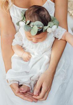 Couronne avec feuillage d'eucalyptus pour fille et bébé