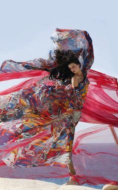 Hermes Campaign, Greece, fashion inspiration, flow of fabrics, wind