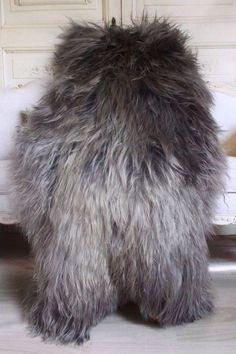GENUINE NATURAL ICELANDIC SHEEPSKIN RUG , Pelt, Fur XXL Extra Large GRAY Grey #ModerntoTraditional