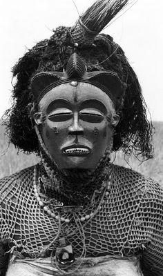 Africa   Pwo mask dancer from the Chokwe people.  Near Gungu, Democratic Republic of Congo. 1970   ©Eliot Elisofon