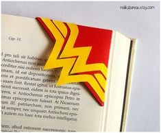 Wonder woman corner bookmark by maliksbureau on Etsy