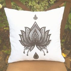 ••• LOTUS ••• Coloring Pillow Cover #pillow #coloring #roomdecor #coloringpillow #lotus #floral #homedecor #homedesign #cushion #decor #decoration #handmade #etsy #gift #art #flower #boho #hippie #throwpillows #pillowcase #drawing #lotusflower #drawing #giftidea #diy #throwpillow #pillows #mandala #decorativepillow #creative #colortherapy
