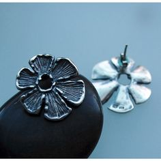 Flower earrings by 6shadowsjewelry on Etsy