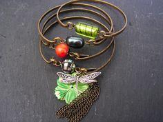 ensemble de 4 bracelets libellule dans les tons vert , gris et orange ( verre , perle , nacre et kunzite ) : Bracelet par lilicat