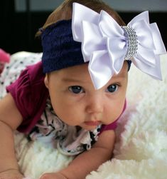 Veja como você pode criar um negócio produzindo Tiaras para bebê em casa, de maneira simples, rápida e lucrativa. Tenha uma ótima renda com o artesanato.