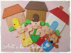 Los tres cerditos School Projects, Projects For Kids, Diy For Kids, Kids Crafts, Diy And Crafts, Hand Puppets, Finger Puppets, Felt Quiet Books, Three Little Pigs
