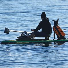 Fitness Row SUP 12′ Combo Package – Oar Board SUP Rower. An inflatable stand up paddle board and the Oar Board® Rower can travel with you. All set for enjoying your favourite lake or the ocean!
