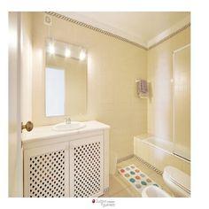 The bathroom. #EriceiraSurfandSunsetVilla Corner Bathtub, Surf, Villa, Sunset, Bathroom, Gallery, Washroom, Surfing, Roof Rack