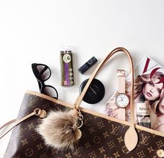 Bag Spill with 5TH blogger Anne Fed. Her Rose-Gold & Peach Watch is in good company here. The 5TH // Minimal meets classic design: http://www.the5th.co