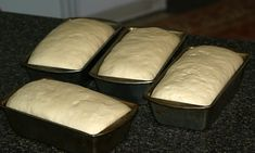 Learn how to make homemade bread you will have your neighbors drooling; various types of flour and leavening agents like yeast make aromas which expels the best aromas. Best Bread Recipe, Bread Recipes, How To Make Homemade, How To Make Bread, Triple A Recipe, Types Of Flour, Wheat Gluten, Bread Making