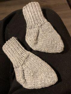 Bebis sockar Socks, Fashion, Moda, Fashion Styles, Sock, Stockings, Fashion Illustrations, Ankle Socks, Hosiery