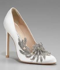 Manolos (Bella Crepusculo) http://txitxu.blogspot.com.es/2014/02/zapatos-para-cenicienta.html