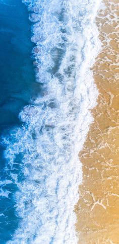 Beach waves wallpaper for iphone and android Strand Wallpaper, Waves Wallpaper, Beach Wallpaper, Nature Wallpaper, Cool Wallpaper, Wallpaper Backgrounds, Galaxy Note, Galaxy S8 Wallpaper, Iphone Wallpaper