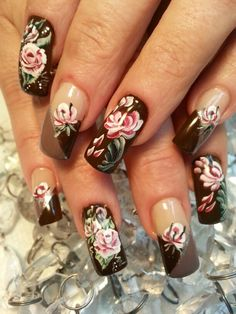 Cabbage roses. The Art Of Nails, Great Nails, Nail Garden, Sharp Nails, Funky Nails, Cabbage Roses, Nail Envy, Creative Nails, Just Amazing