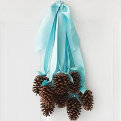This would be really pretty with red ribbons on the front door!