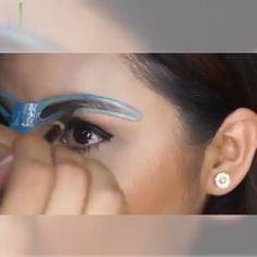 I need this eyebrow shaper - I need this eyebrow shaper Quick And Perfect Eyebrows! Eyebrow Makeup Tips, Makeup Videos, Makeup Hacks, Skin Makeup, Eyeshadow Makeup, Eyeshadow Palette, Revlon Eyeshadow, Makeup Steps, Makeup Kit