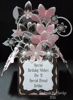 POP-UP BOX BIRTHDAY CARD (3 IMAGES) by: carolynshellard: