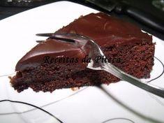 A melhor receita de bolo de chocolate húmido