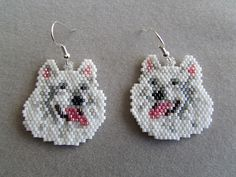 These earrings are sure to be a favorite of the Samoyed owner or dog lover that you know. They measure approximately 1-3/8 wide and 1-1/2