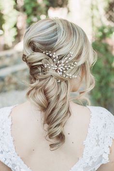 romantic bridal hair - photo by Hazelwood Photo http://ruffledblog.com/handcrafted-wedding-at-calamigos-ranch